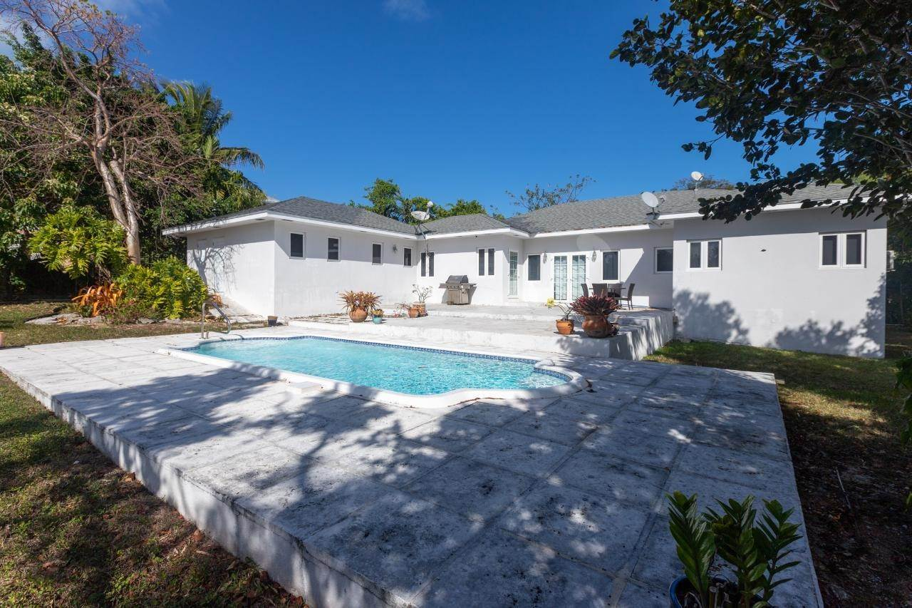 Single Family Homes for Rent at Eastern Road, Nassau And Paradise Island Bahamas