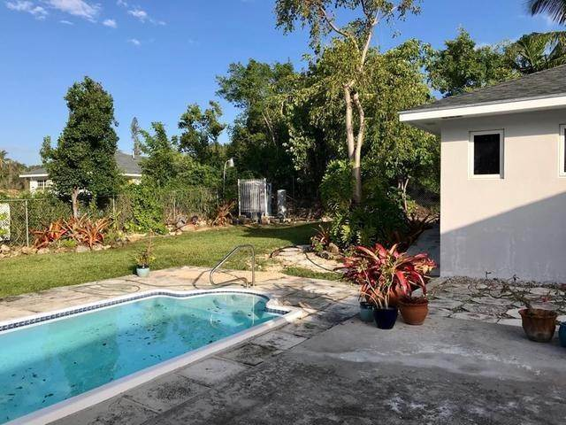 17. Single Family Homes for Rent at Eastern Road, Nassau And Paradise Island Bahamas