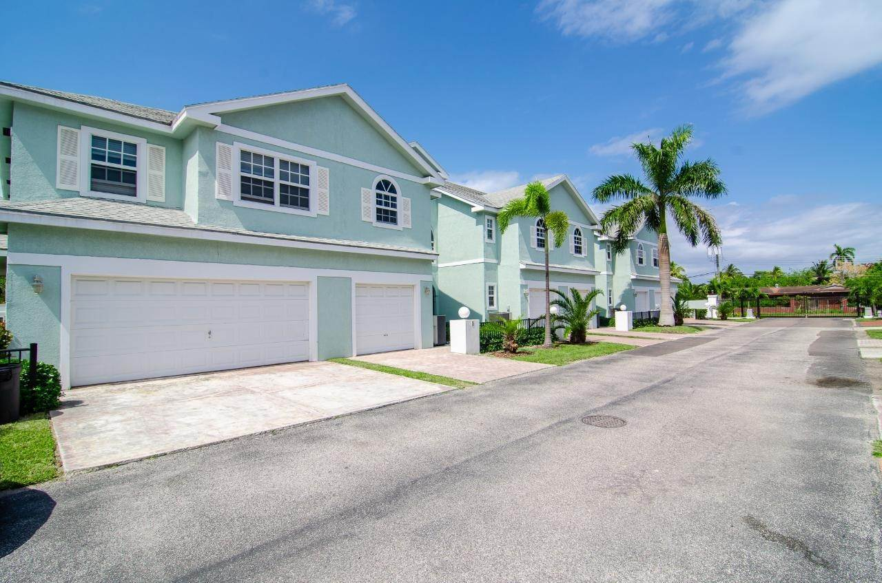 Single Family Homes for Rent at West Bay Street, Nassau And Paradise Island Bahamas