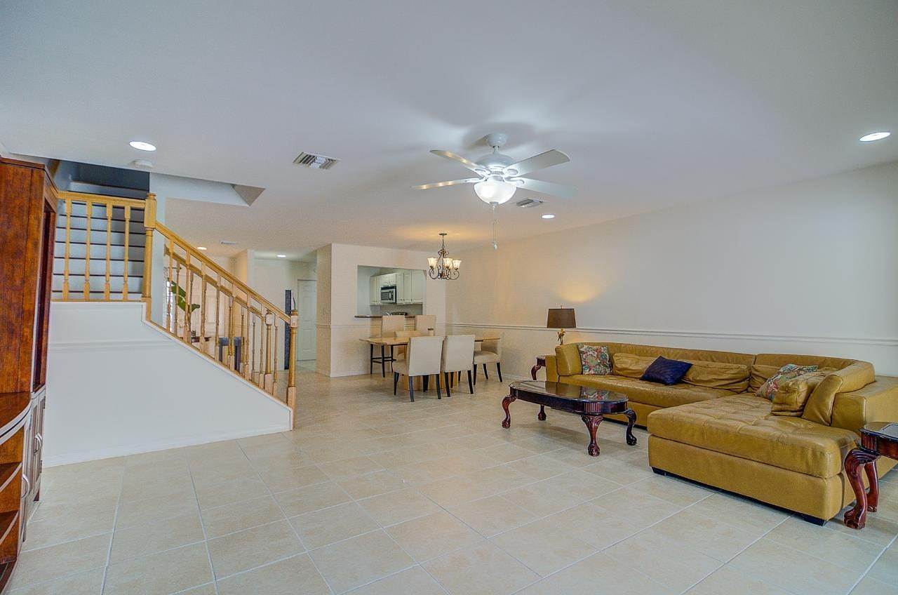5. Single Family Homes for Rent at West Bay Street, Nassau And Paradise Island Bahamas