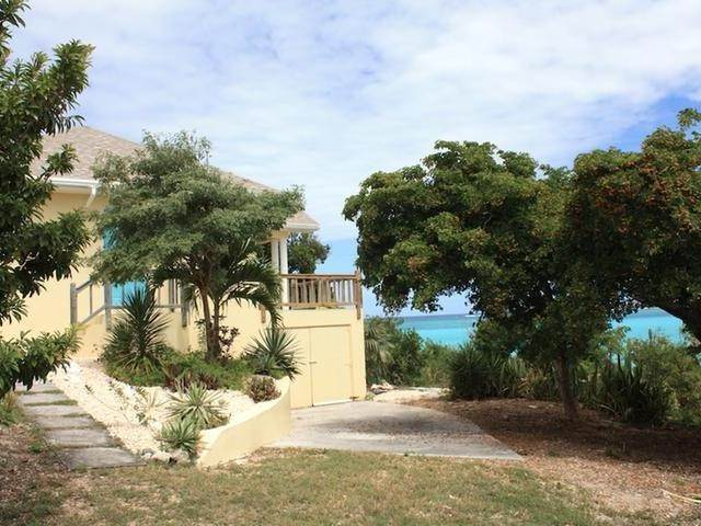 Single Family Homes por un Venta en Lochabar, Long Island Bahamas