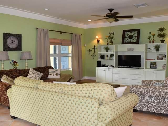 3. Multi-Family Homes for Rent at Tower Heights, Eastern Road, Nassau And Paradise Island Bahamas