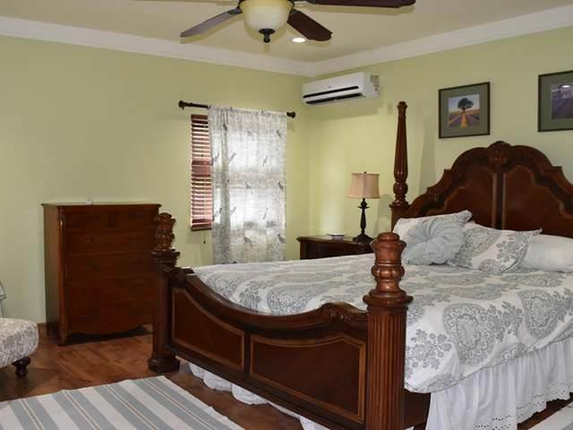 6. Multi-Family Homes for Rent at Tower Heights, Eastern Road, Nassau And Paradise Island Bahamas