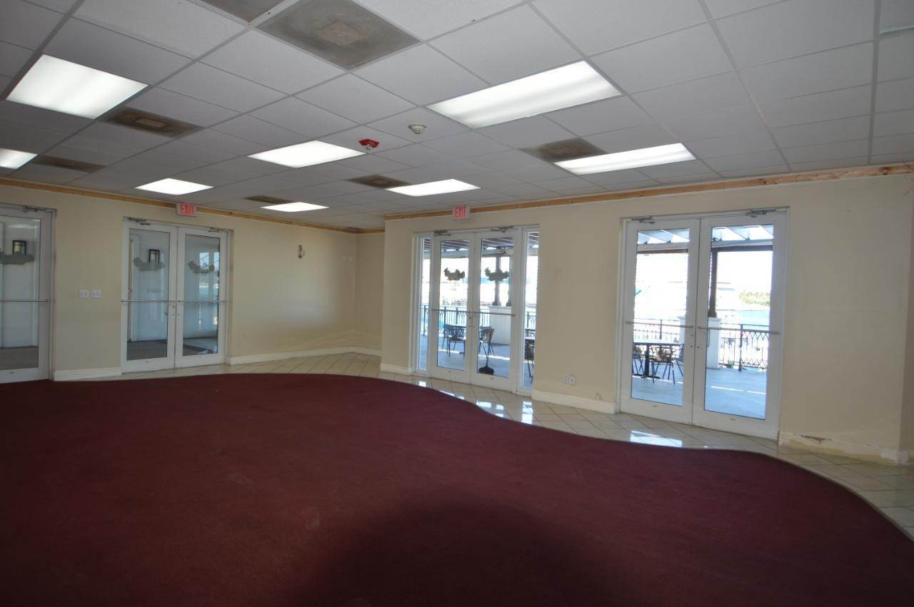 20. Commercial for Rent at West Bay Street, Nassau And Paradise Island Bahamas