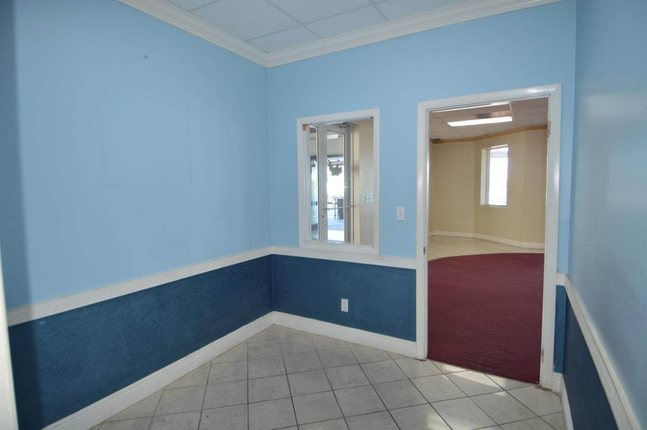 3. Commercial for Rent at West Bay Street, Nassau And Paradise Island Bahamas