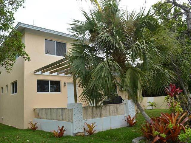 17. Single Family Homes for Rent at Westridge, Nassau And Paradise Island Bahamas