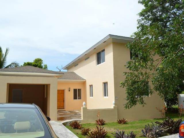 18. Single Family Homes for Rent at Westridge, Nassau And Paradise Island Bahamas