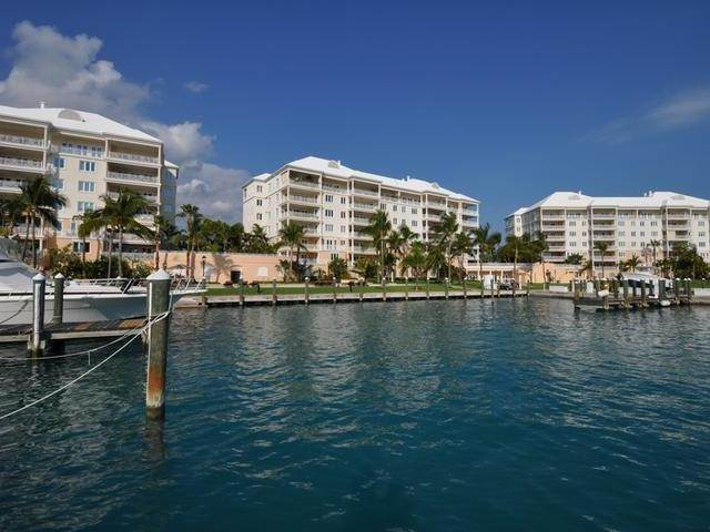 30. Condominiums for Rent at Ocean Club Estates, Paradise Island, Nassau And Paradise Island Bahamas