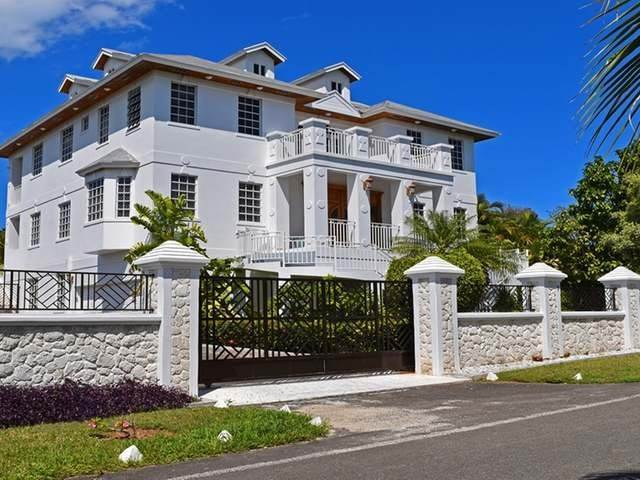 Single Family Homes por un Alquiler en Lake Cunningham, Nueva Providencia / Nassau Bahamas