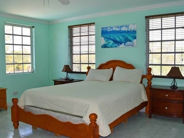 18. Single Family Homes por un Alquiler en Lake Cunningham, Nueva Providencia / Nassau Bahamas