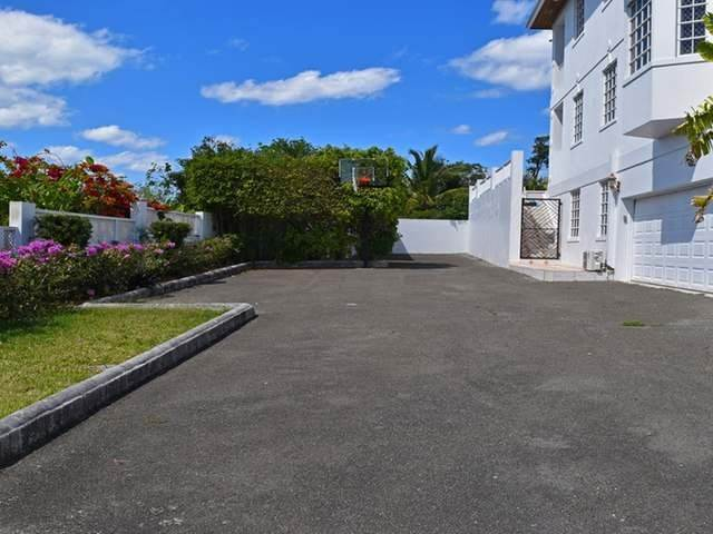 22. Single Family Homes por un Alquiler en Lake Cunningham, Nueva Providencia / Nassau Bahamas