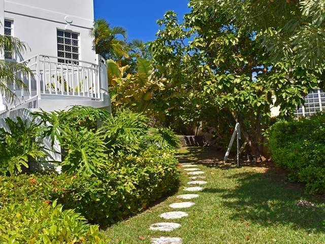 3. Single Family Homes por un Alquiler en Lake Cunningham, Nueva Providencia / Nassau Bahamas