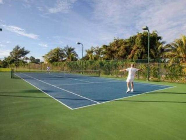 16. Condominiums for Rent at Palm Cay, Yamacraw, Nassau And Paradise Island Bahamas