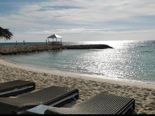 18. Condominiums for Rent at Palm Cay, Yamacraw, Nassau And Paradise Island Bahamas