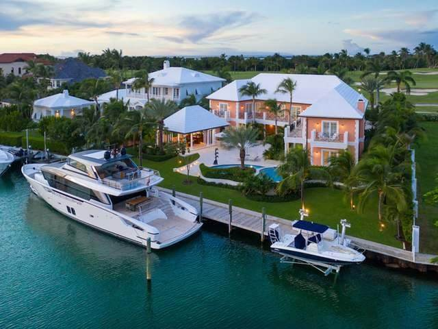 Single Family Homes for Sale at Ocean Club Estates, Paradise Island, Nassau And Paradise Island Bahamas