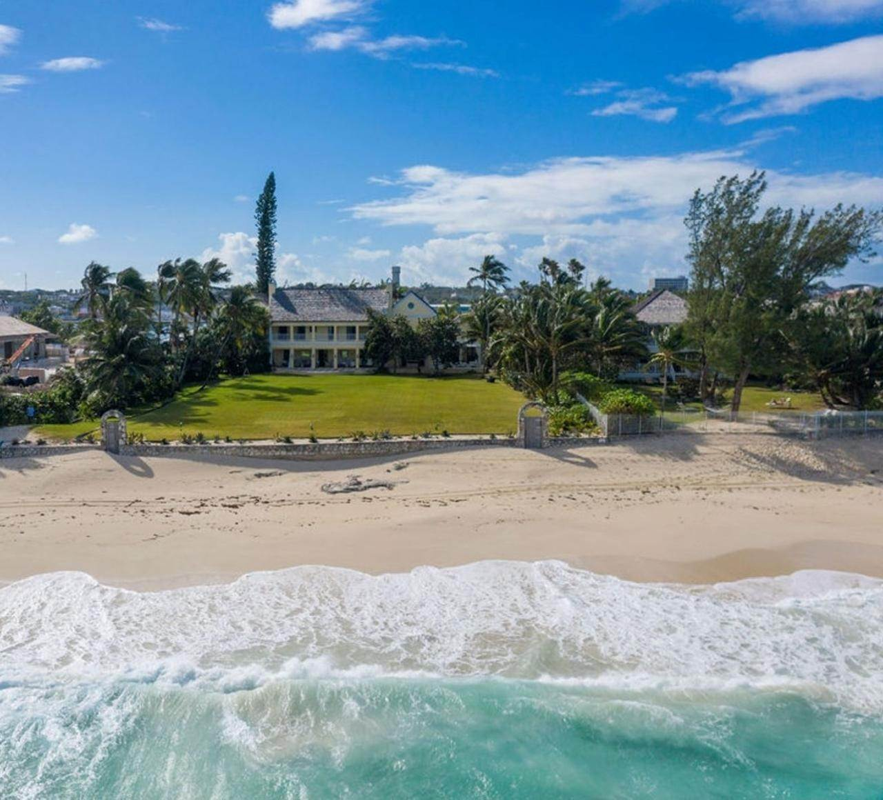Single Family Homes for Sale at Paradise Island, Nassau And Paradise Island Bahamas