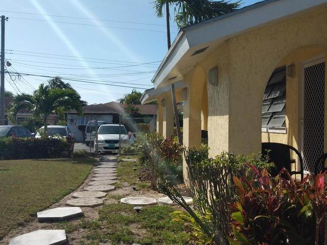 4. Multi-Family Homes for Rent at Carmichael Road, Nassau And Paradise Island Bahamas