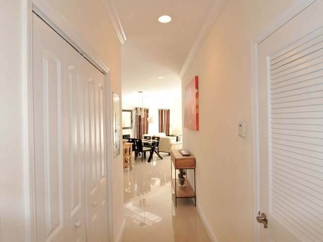 19. Condominiums for Rent at Westridge Estates, Westridge, Nassau And Paradise Island Bahamas