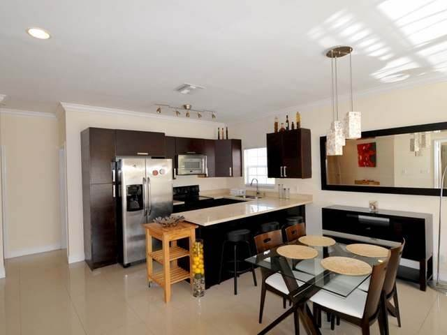 6. Condominiums for Rent at Westridge Estates, Westridge, Nassau And Paradise Island Bahamas