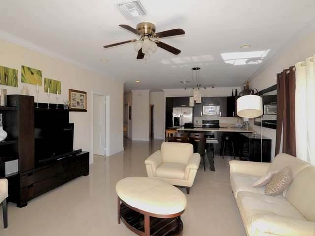 8. Condominiums for Rent at Westridge Estates, Westridge, Nassau And Paradise Island Bahamas