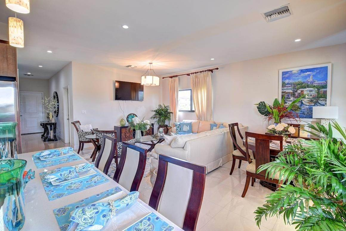 4. Condominiums for Rent at West Bay Street, Nassau And Paradise Island Bahamas