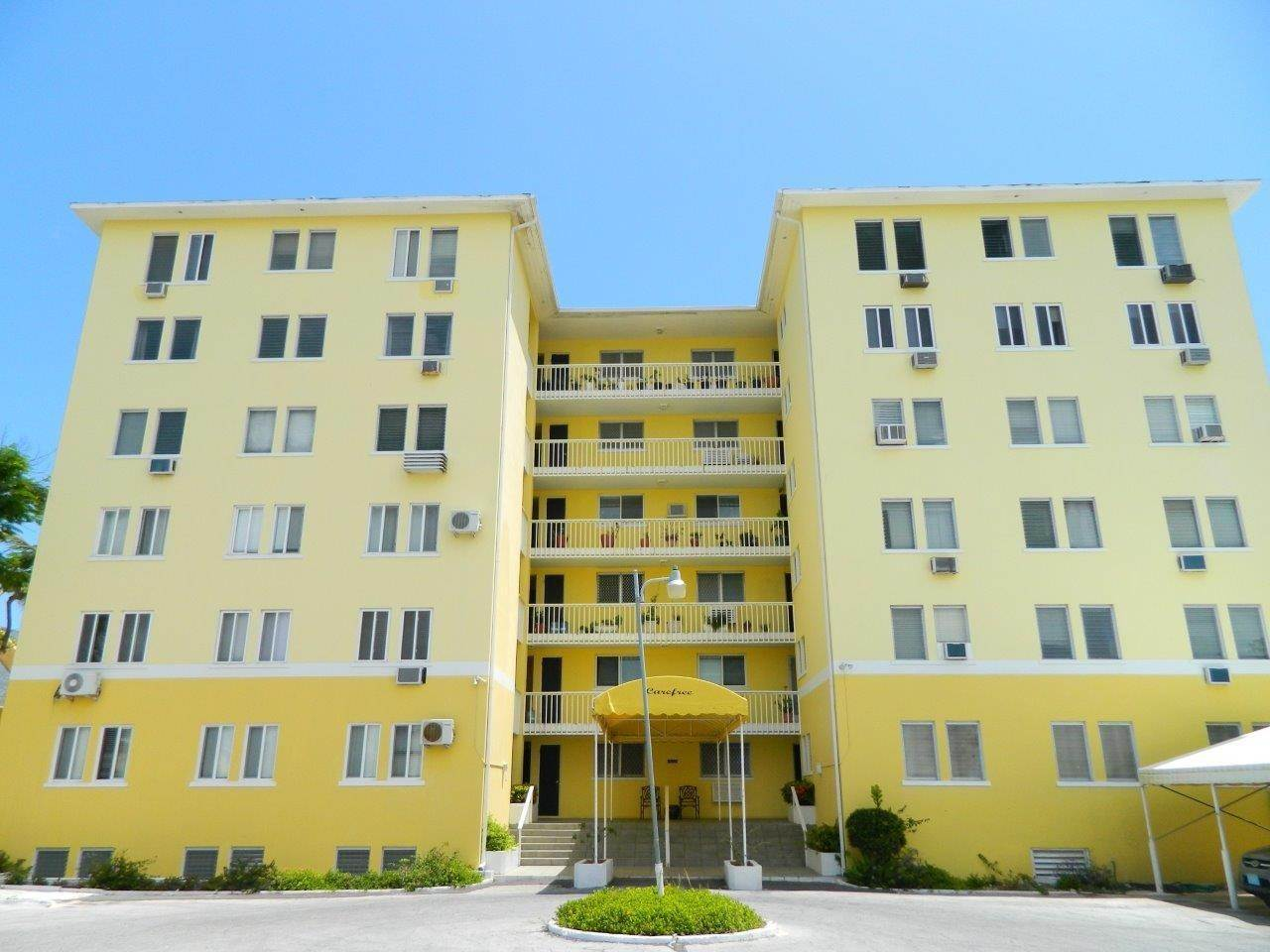 15. Condominiums for Rent at Carefree, Cable Beach, Nassau And Paradise Island Bahamas
