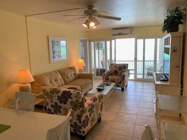 2. Condominiums for Rent at Carefree, Cable Beach, Nassau And Paradise Island Bahamas