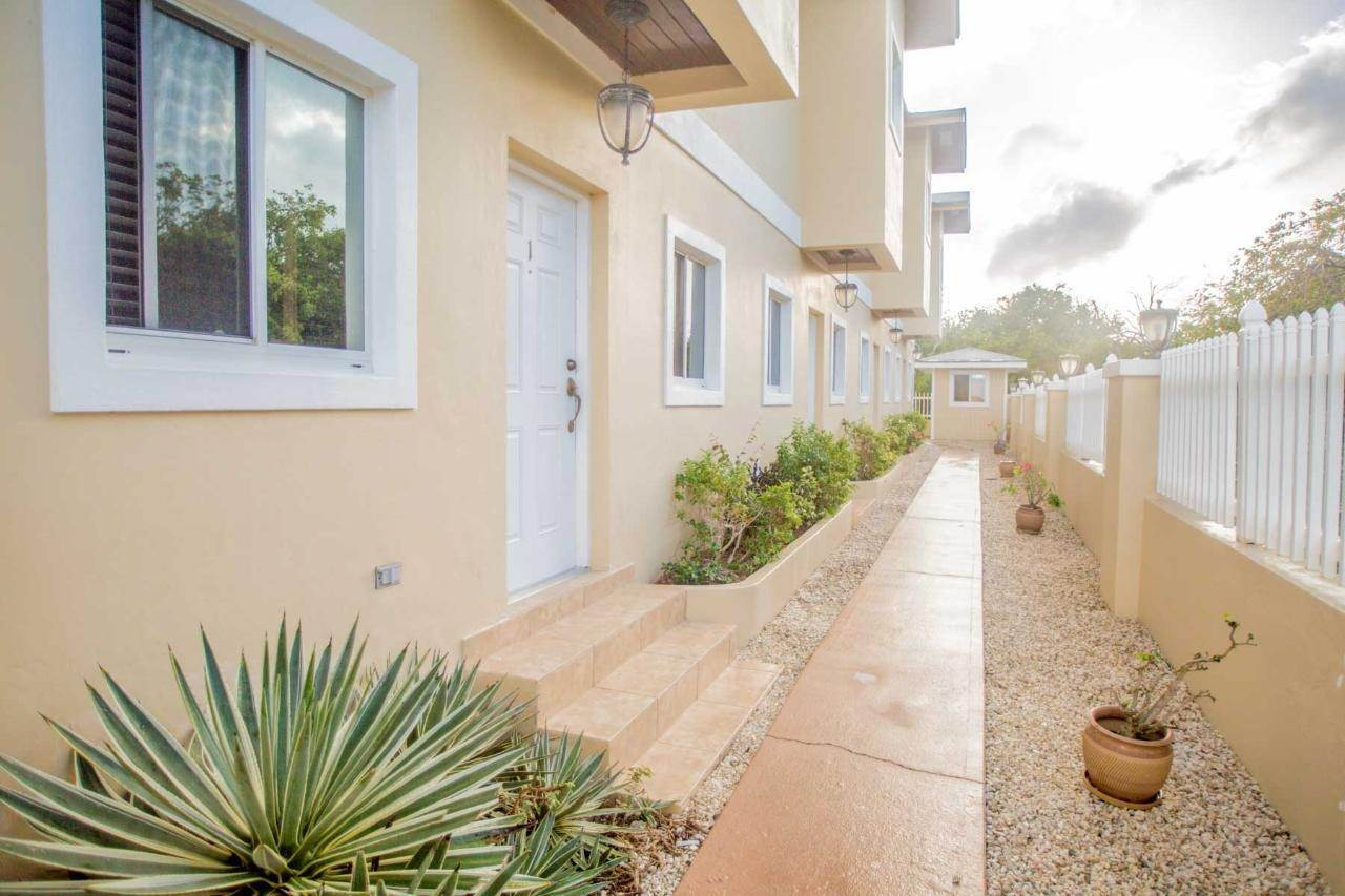Condominiums for Sale at Georgetown, Exuma Bahamas
